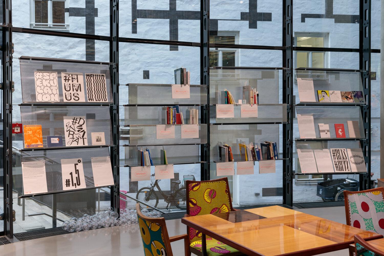 Bibliothek Ausstellungsansicht, Foto: Kunsthaus Graz/N. Lackner