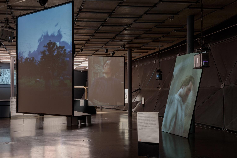 Total Refusal, Hardly Working, 2021 Ausstellungsansicht, Foto: Kunsthaus Graz/N. Lackner
